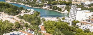 Santandria and Cala Blanca Beaches
