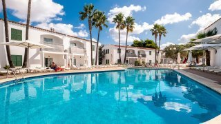 Cales de Ponent, apartments and villas rentals in Menorca
